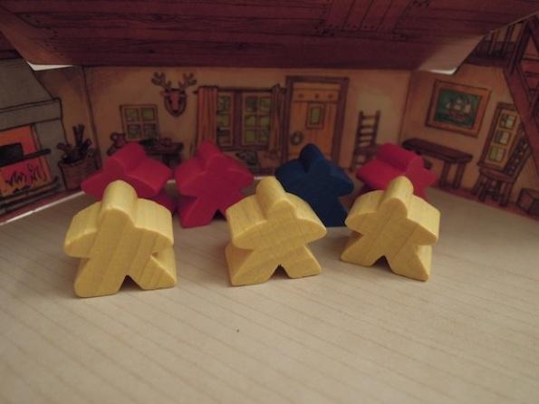 Una scena da dietro lo schermo del giocatore di Keyflower