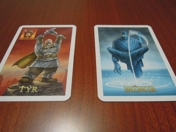 Due delle carte divinità di Asgard