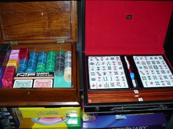 Che invidia la scatola del Mahjong :-)