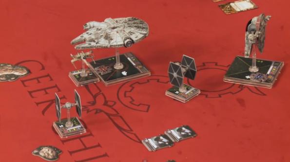 Un momento di gioco a Star Wars Miniature Game