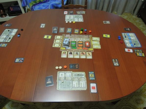 Il setup di una partita di Legacy: The Testament of the Duke de Crecy per quattro giocatori