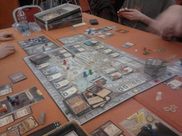 Lords of Waterdeep è un gioco che consiglio a tutti