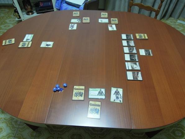 Setup di una partita a Pathfinder Adventure Card Game con quattro giocatori