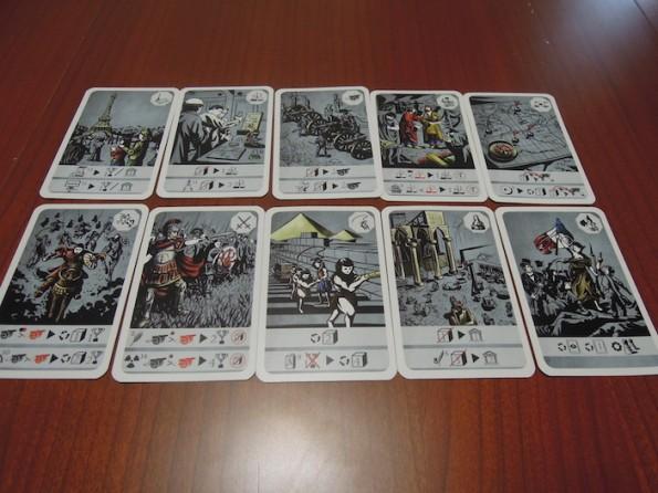 Il set completo di carte azione a disposizione di ogni giocatore
