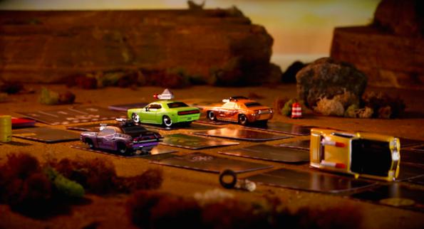 Niente miniature, per giocare si usano i modellini di auto